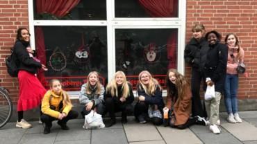 Juleudsmykning for Zangenbergs Teater
