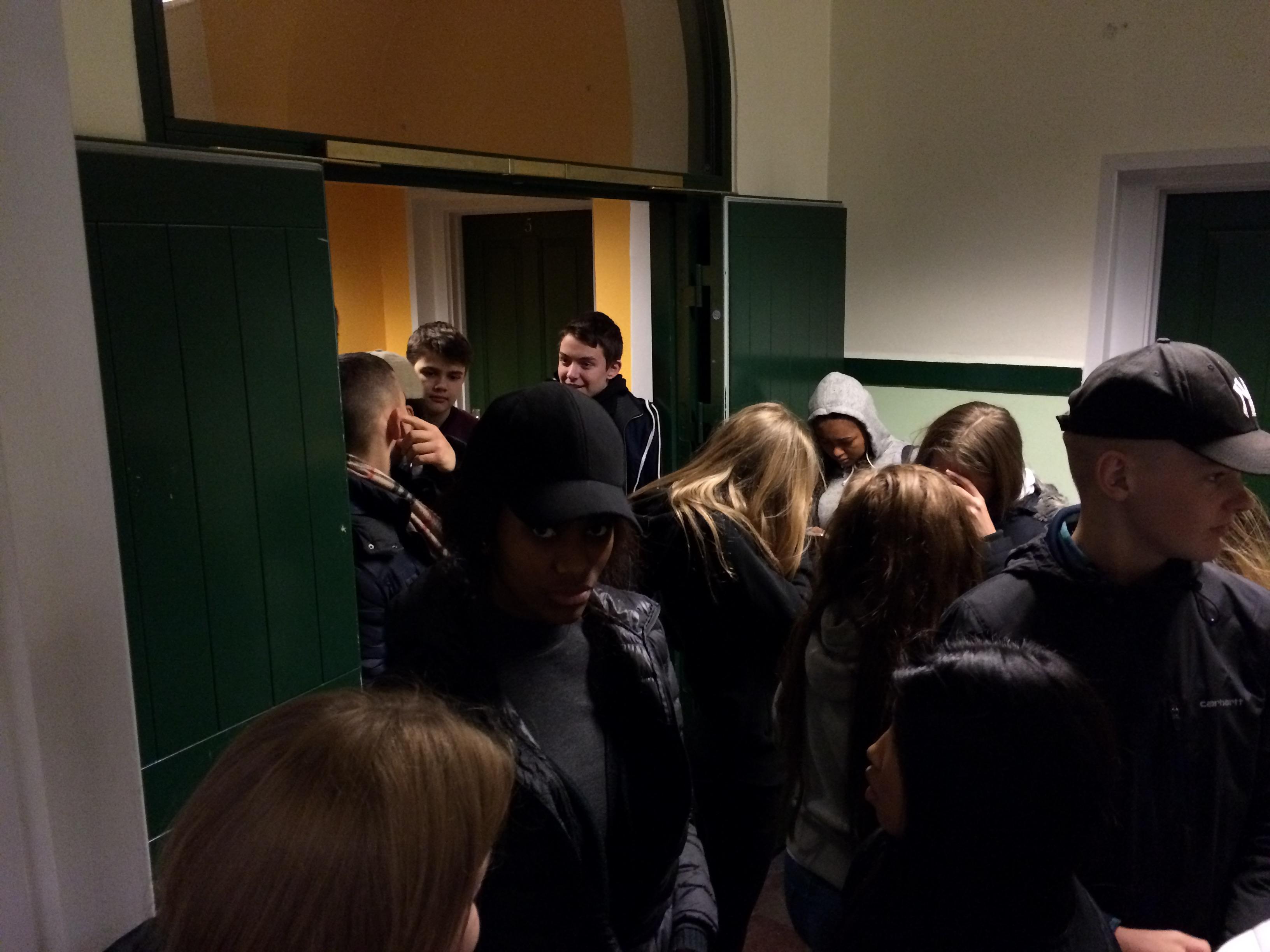 Der var kø, da valgstedet åbnede kl. 12.00.